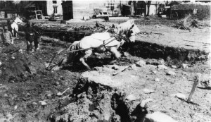 1918 APL - digging foundation